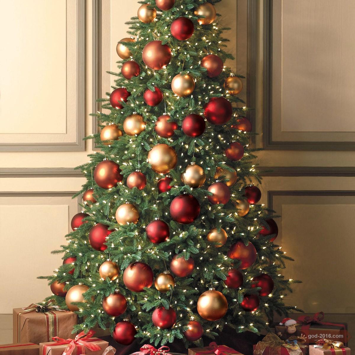 Современное украшение елки на новый год